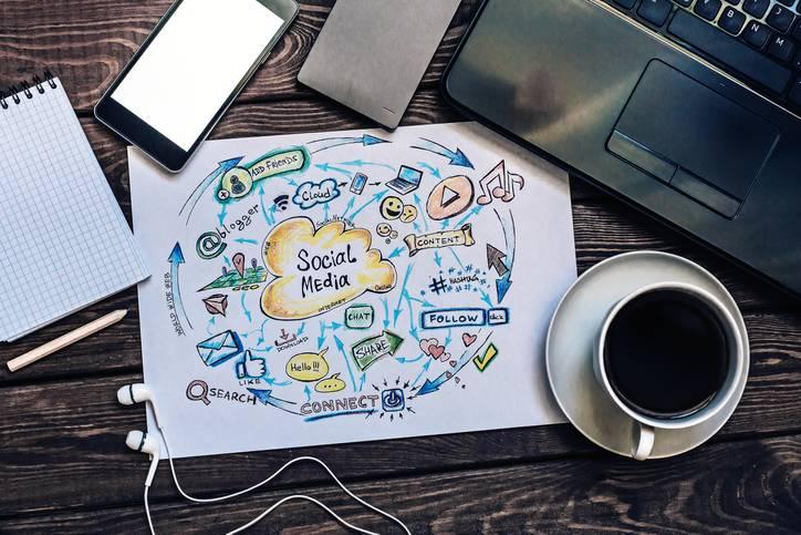 Should You Hire a Social Media Expert?